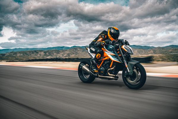 KTM 1290 Super Duke RR 2021 - Limitovaná zberateľská replika motocykla
